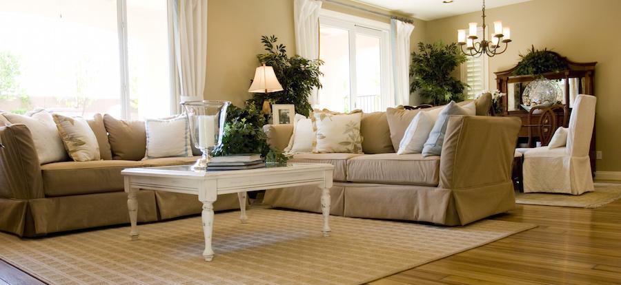 Waarom ruiken meubels en gordijnen soms zo muf? | Life Comfort